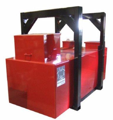 Réservoir mobile rouge de grande dimension | Camion-citerne | Mesures Calib-Tech | Montréal
